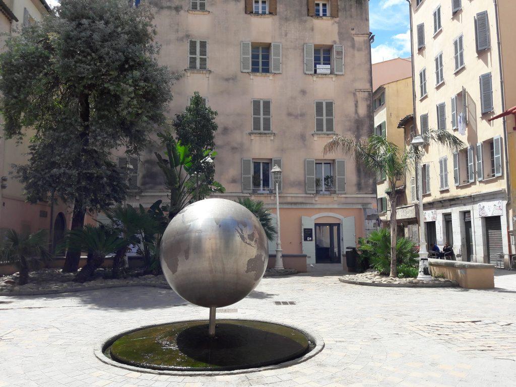 Place du Globe