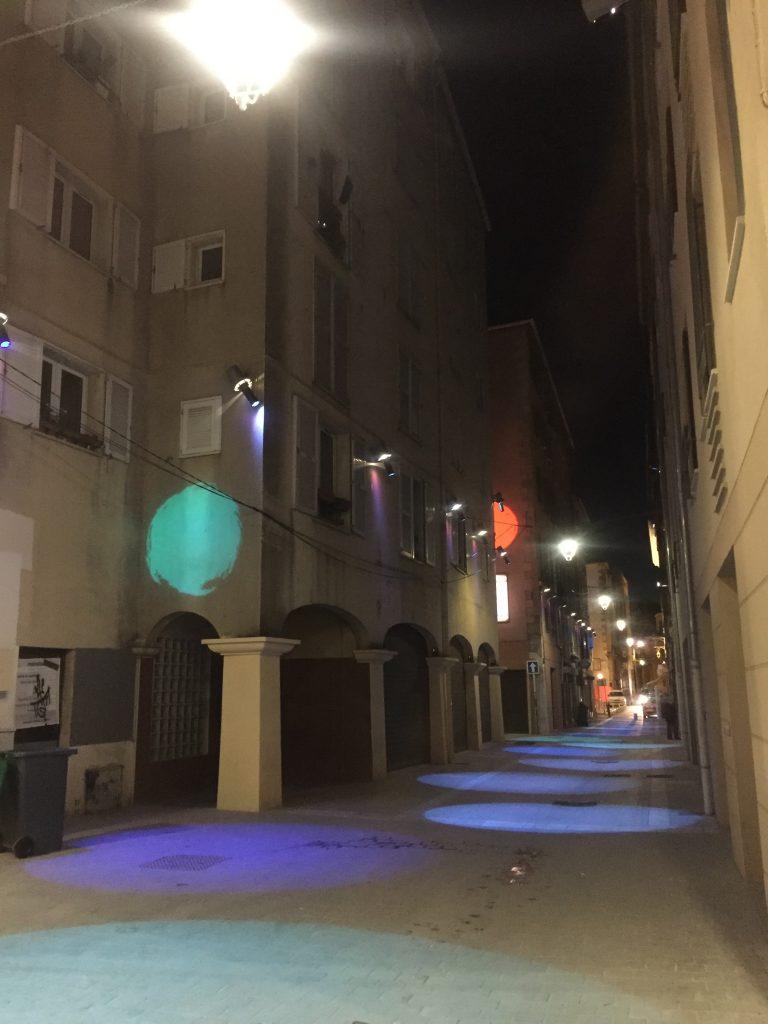 La Rue Pierre Sémard éclairé